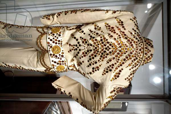 Elvis Presley stage suit at the Rock and Soul Museum in Memphis Tennessee (photo)
