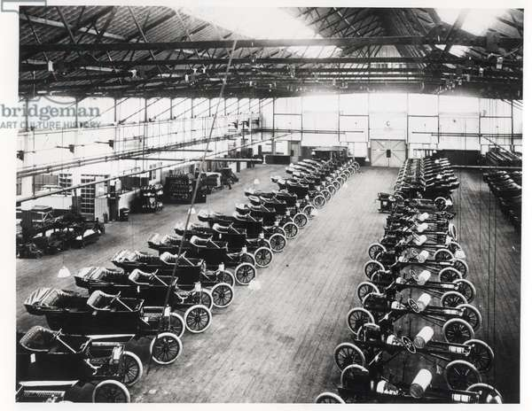 Model T Ford Factory in Trafford Park, Manchester, 1914 (b/w photo)