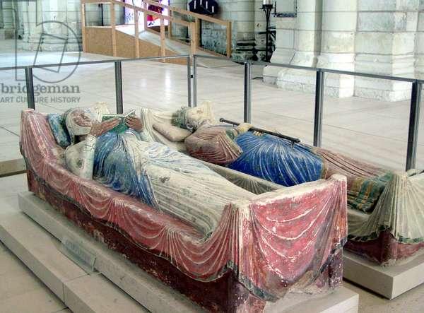Effigy of Eleanor of Aquitaine and Henry II (photo)
