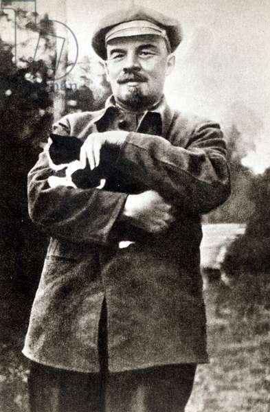 Vladimir Lenin (1870-1924) at Gorky, 1922 (b/w photo)