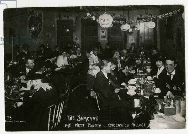 The Samovar, 148 West Fourth, Greenwich Village, New York, USA, 1917 (gelatin silver photo)