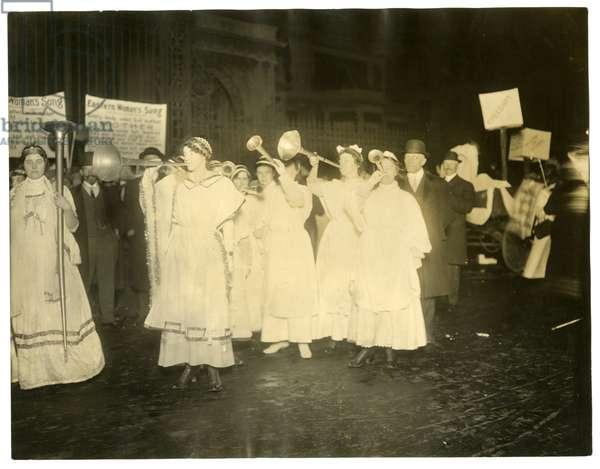 Suffrage Parade, Greenwich Village, New York, USA, c.1915-18 (gelatin silver photo)