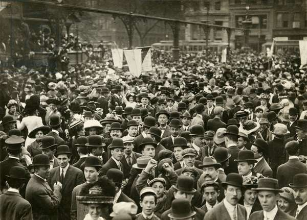 Crowd in Union Square at Suffrage Meeting, c.1905-11 (gelatin silver photo)