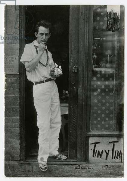 Tiny Tim, Greenwich Village, New York, USA, c.1915-22 (gelatin silver photo)