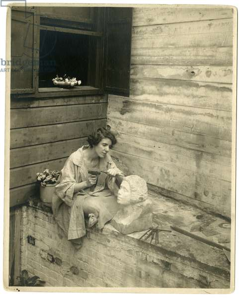 Edith Unger of the Mad Hatter Tea Room, 1916 (gelatin silver photo)