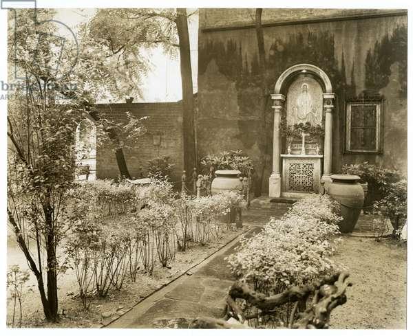 St John's Church, Greenwich Village, New York, USA, 1938 (gelatin silver photo)