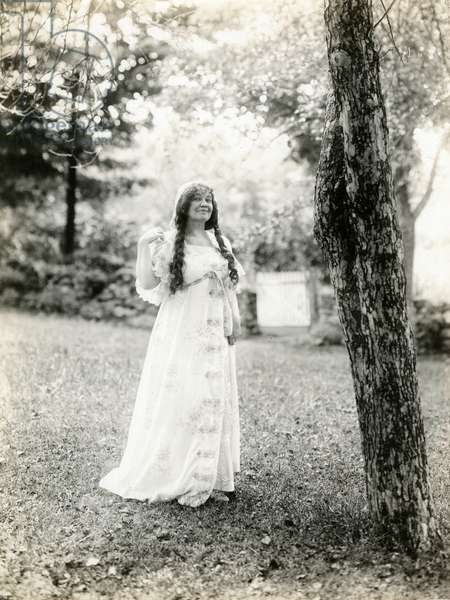 Grace Duffy Boylan mother of Malcolm Stuart Boylan, movie director Hollywood, c.1905-17 (gelatin silver photo)