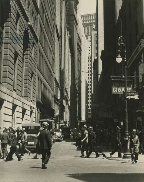 Beaver and New Streets, New York, USA, c.1920-38 (gelatin silver photo)