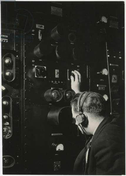 Operating the vision for broadcasting, Columbia Broadcasting Television Studio, USA, c.1920-38 (gelatin silver photo)
