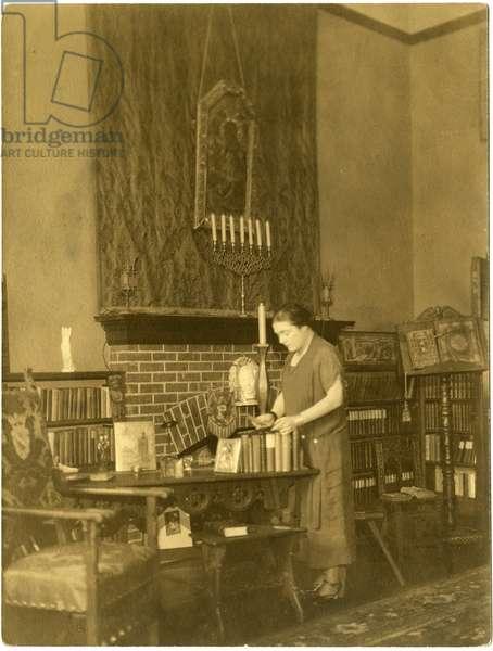 Fanny Hurst, c.1909-28 (gelatin silver photo)