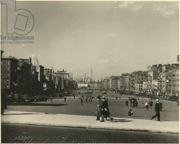 Christie Boulevard, Lower East Side, New York, USA, c.1920-38 (gelatin silver photo)