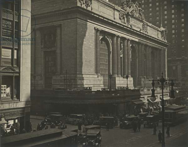 Grand Central Terminal, 42nd Street and Vanderbilt Avenue, USA, c.1920-38 (gelatin silver photo)