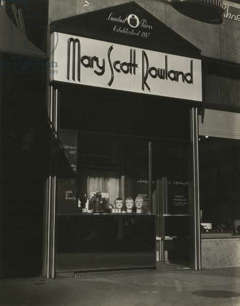 Mary Scott Rowland Aids to Beauty, Salons and Salesrooms, New York, USA, c.1920-38 (gelatin silver photo)