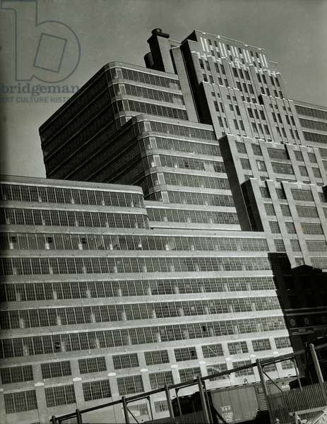 Starret Lehigh Building, 26th - 27th Streets between 11th and 12th Avenues, New York, USA, c.1931-38 (gelatin silver photo)