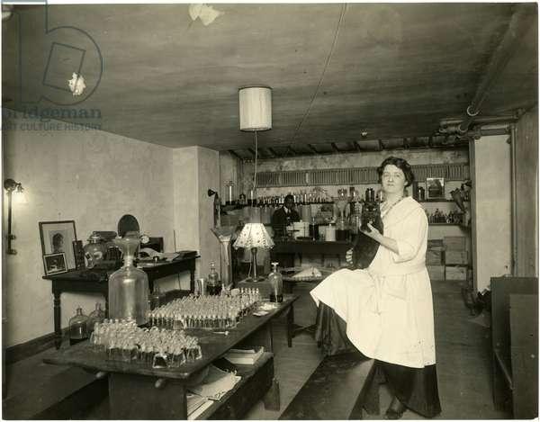 Ann Haviland, parfumier, c.1915-28 (gelatin silver photo)