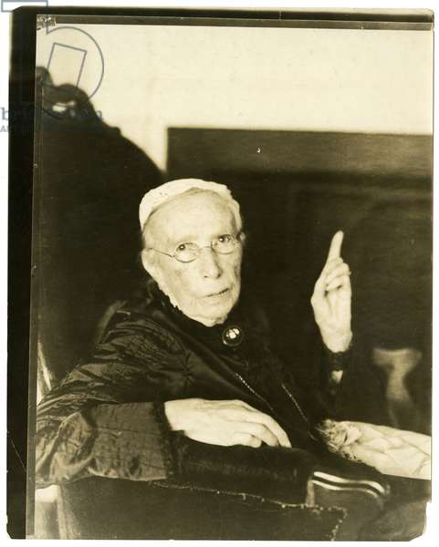 Mrs Mary Moore, Brookline, Mass 91 years old Reciting ballad , c.1905-27 (gelatin silver photo)
