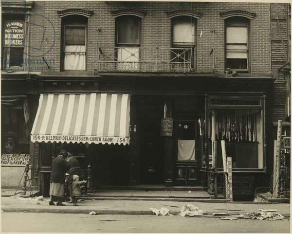 Pullman Delicatessen and Lunch Room, 154 Rivington Street, Lower East Side, USA, c.1920-38 (gelatin silver photo)