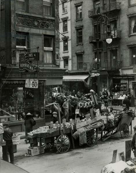 Rivington Street, Orchard Street Market - Roasted chestnuts vendor, USA, c.1920-38 (gelatin silver photo)