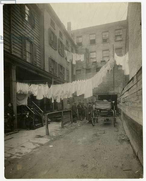 11 Christopher Street, Greenwich Village, New York, USA, c.1917-20 (gelatin silver photo)