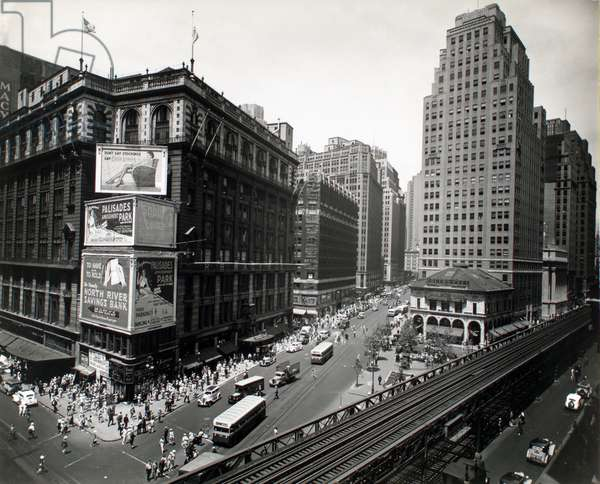 Herald Square, Manhattan, 16th July, 1936 (gelatin silver print)