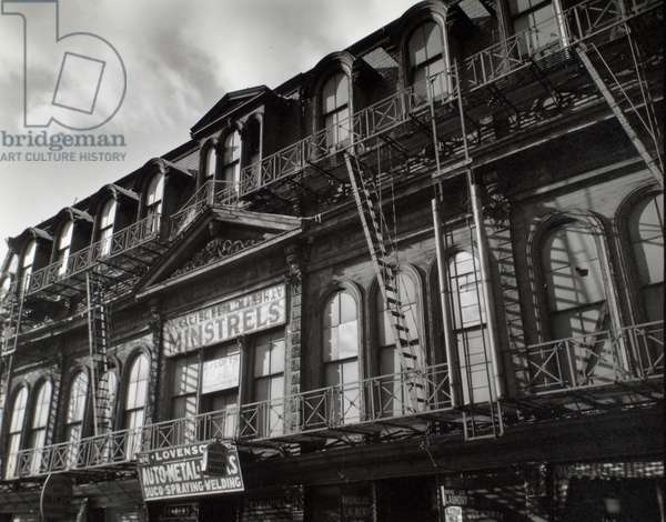 Gus Hills Minstrels, Manhattan, 19th December, 1935 (gelatin silver print)