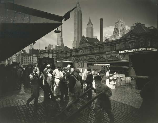 Fulton Street fish market, The Bronx, 18th June, 1936 (gelatin silver print)