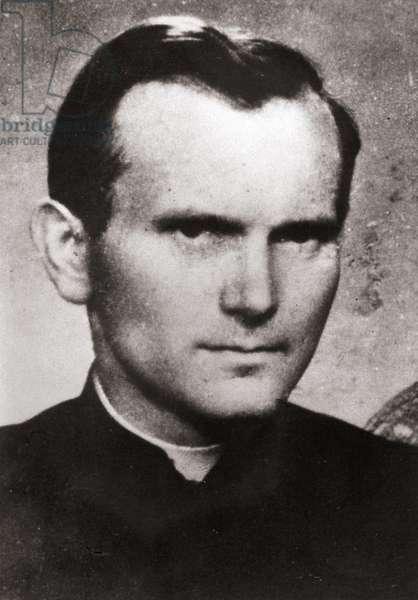 Karol Wojtyla en jeune prêtre.