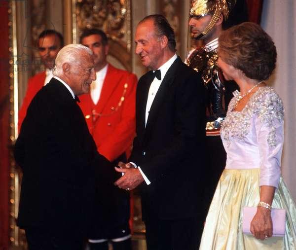 Visite du Roi d'Espagne en Italie: Juan Carlos et la Reine Sofia rencontrent Gianno Agnelli. Rome, septembre 1998