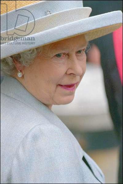Portrait de la Reine Elisabeth II (né en 1926 - ) en visite à Milano 19/10/2000 à Palazzo MARINO.