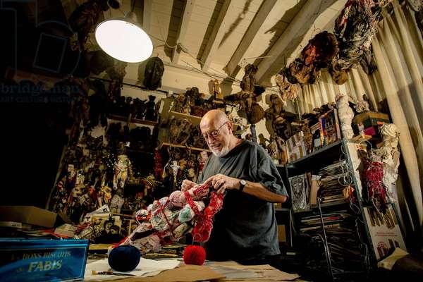 Portrait of Michel Nedjar (artist) in his studio 06/02/2017