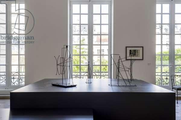 Pablo PICASSO (1881-1973), Figure: project for a monument to Guillame Apollinaire, Fil de fer et tole, Autumn 1928, Musee national Picasso, Paris