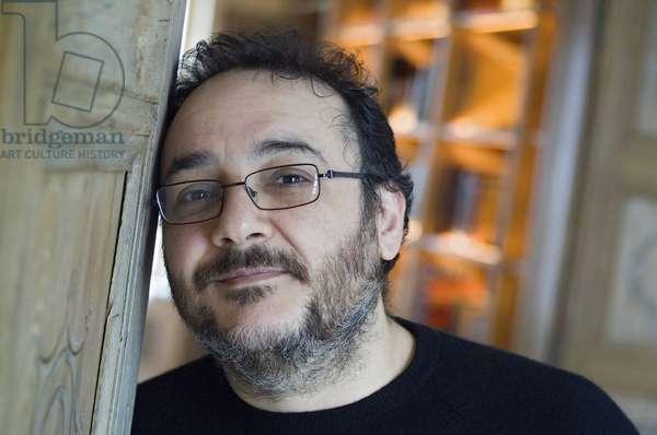 Rinaldo Alessandrini est un claveciniste, organiste, pianofortiste, chef de choeur et chef d'orchestre italien