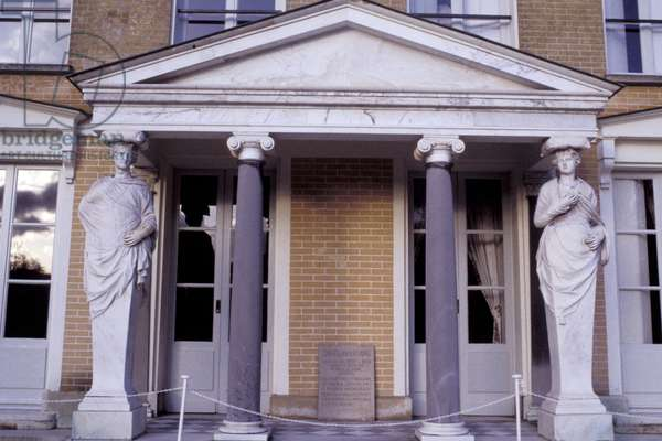 De CHATEAUBRIAND Francois Rene (Francois-Rene) (MAISON HOUSE) - Date: 20010501