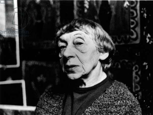 Portrait du peintre Alice Halicka Marcoussis (1985-1974) en 1958.