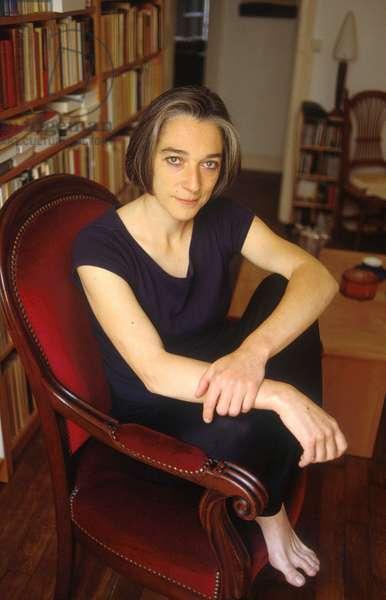 Nicole CALIGARIS - Date : 20000901