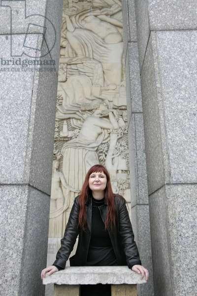 PLUHAR Christina - Date : 20041117