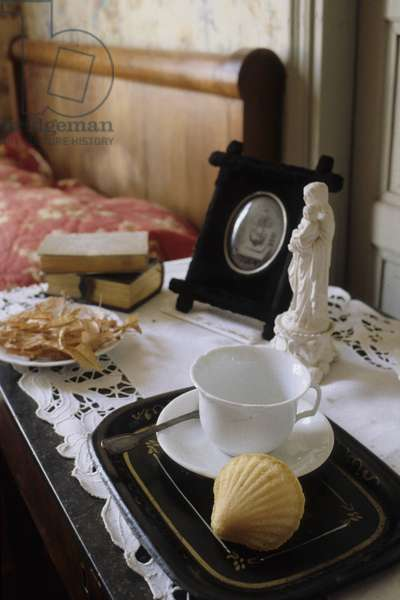 PROUST Marcel (HOUSE HOUSE) - The room of Aunt Leonie in the house of Aunt Leonie - Date: 19960501
