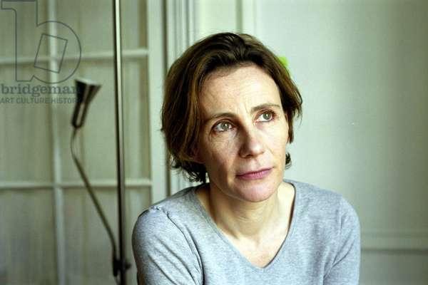 Marie DESPLECHIN - Date : 20030201