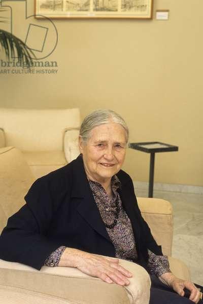 Doris LESSING - Date : 20030601