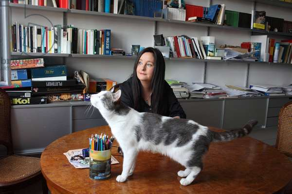 Portrait of Helena Janeczek at her place with her cat (pet) 27/06/2018