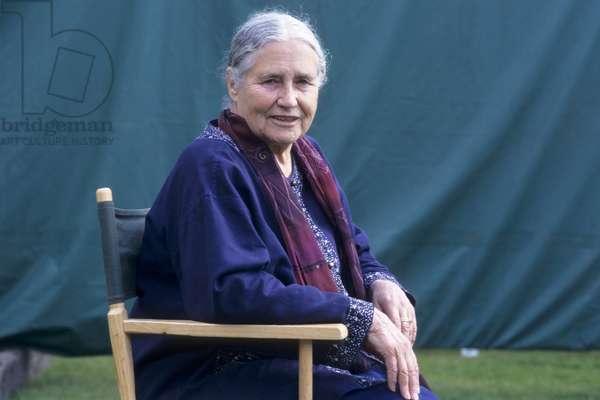Doris LESSING - Date : 20000901
