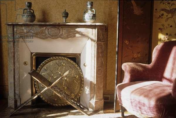 PROUST Marcel (maison house) - Le salon de la maison de Tante Leonie - Date: 19971001