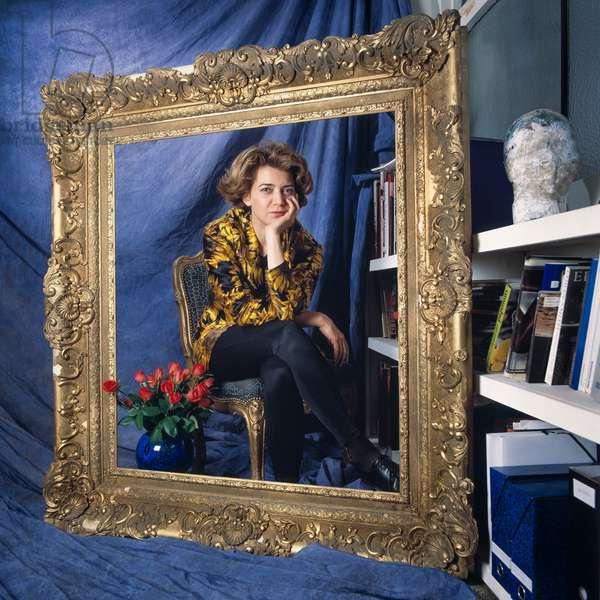 Portrait of Helene Guetary (artist) in her studio 15/10/1992