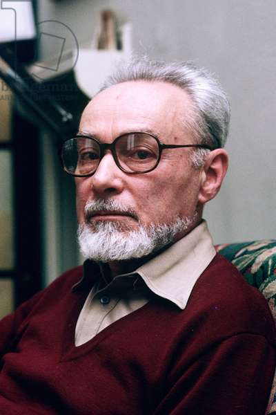 Portrait of Primo Levi at his place - February 1987