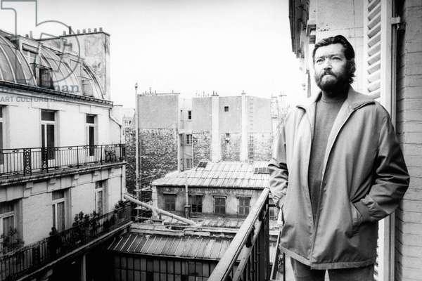 Portrait of Julio Cortazar at his place 1984