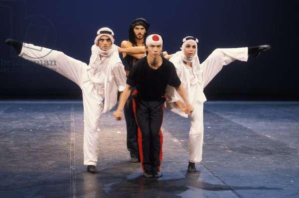A PROPOS DE SHEHERAZADE (Bejart) 1995