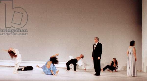 LE CHATEAU DE BARBE BLEUE (P. Bausch P.Boulez 1998)