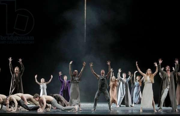 SACRE (Sasha WALTZ) Mariinsky 2013