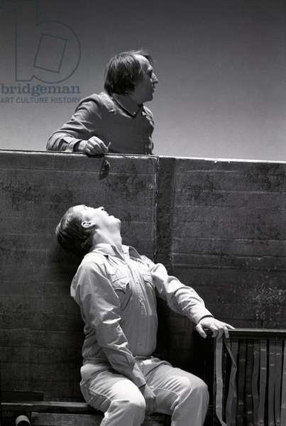 LES PIEDS DANS L'EAU (J.DESCHAMPS, M.MAKEIEFF) 1995