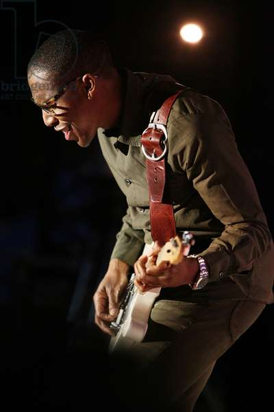 RAPHAEL SAADIQ (Jazz a Juan 2011)